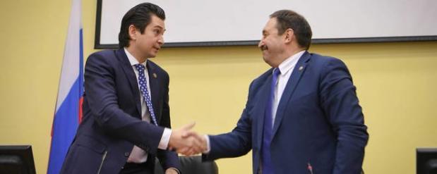 Песошин представил Абдулганиева коллективу министерства экономики Татарстана