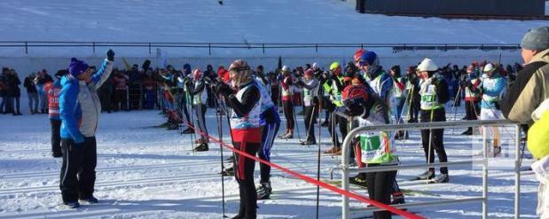 В Казани руководители районов и министры вышли на старт вип-забега лыжного марафона
