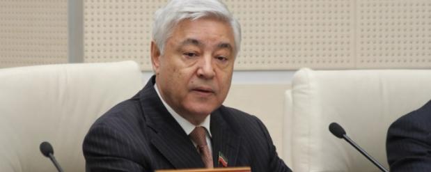 Фарид Мухаметшин выступил за отмену добровольного изучения татарского языка